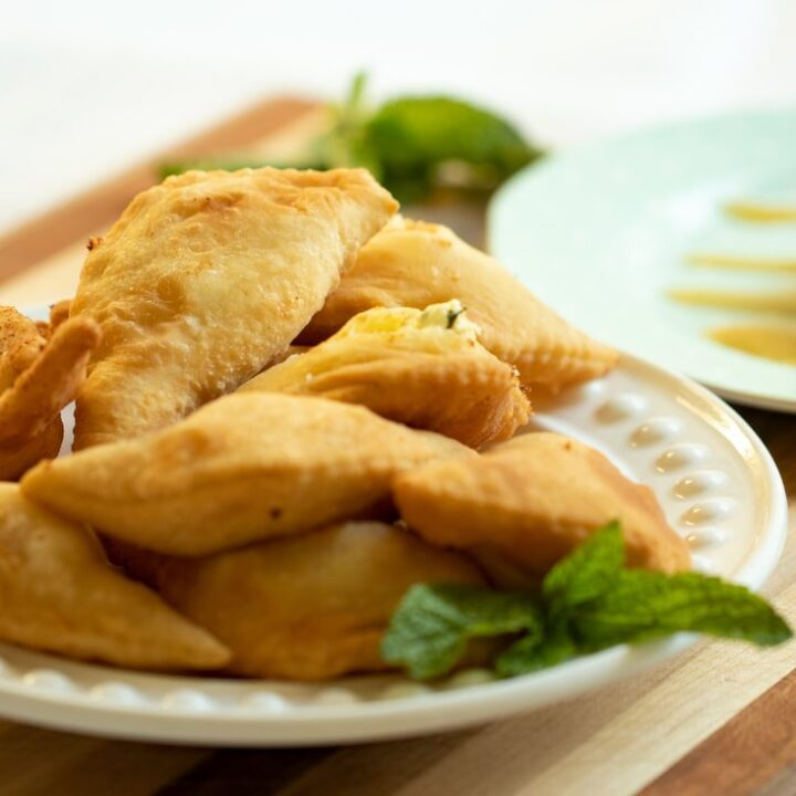 MINI FRIED CHEESE PIES FROM CRETE: CHEESE FILLED KALITSOUNIA