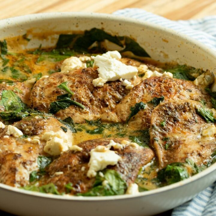 CHICKEN IN A CREAMY SPINACH & FETA SAUCE 30 MINUTE MEAL
