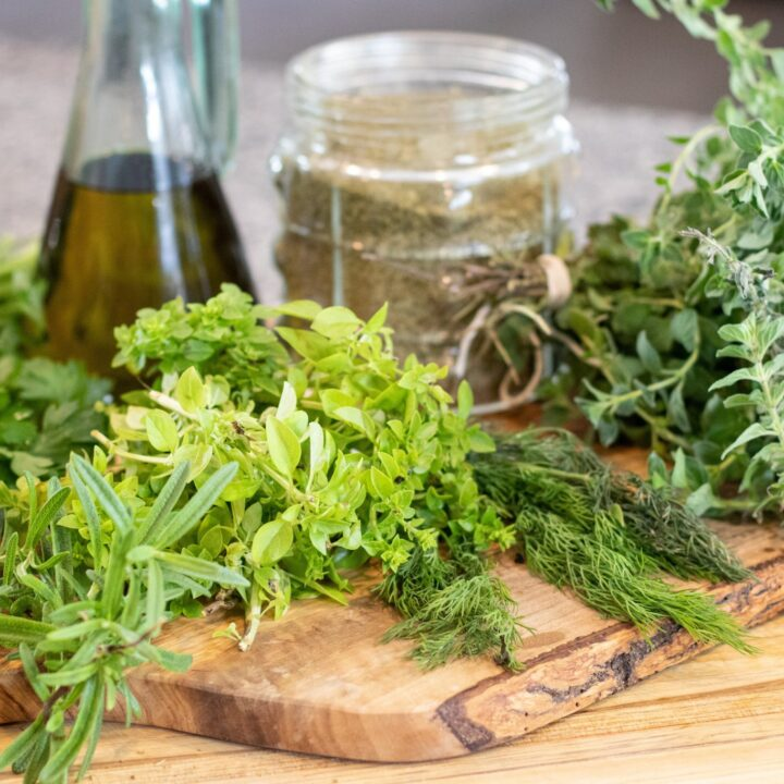 3 WAYS TO PRESERVE YOUR HERBS
