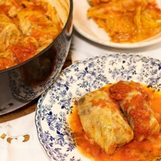 Greek Cabbage Rolls in Tomato Sauce: Lahanodolmades