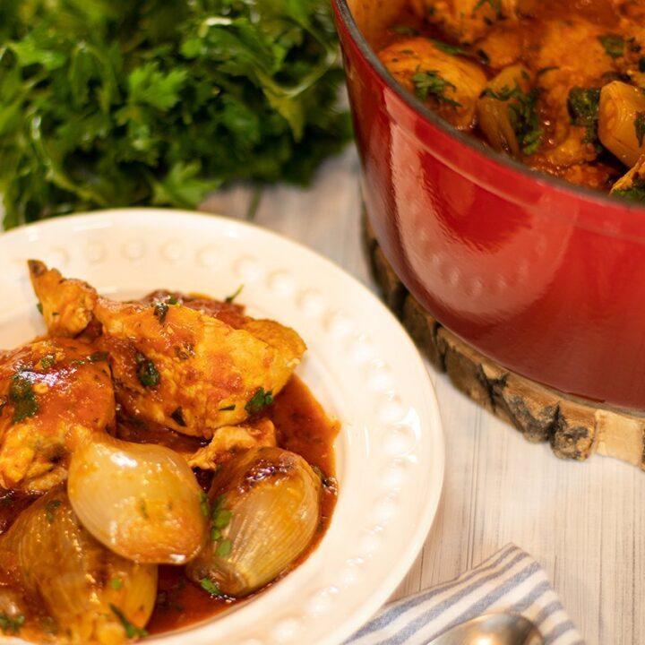 Kotopoulo Stifado: Greek Chicken & Shallots Stew