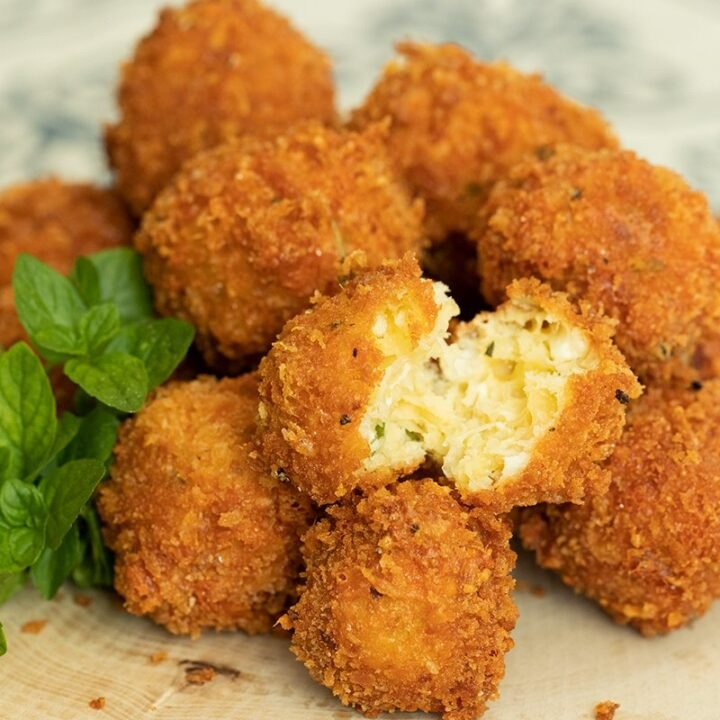 Greek-Style Fried Cheese Balls: Tirokroketes