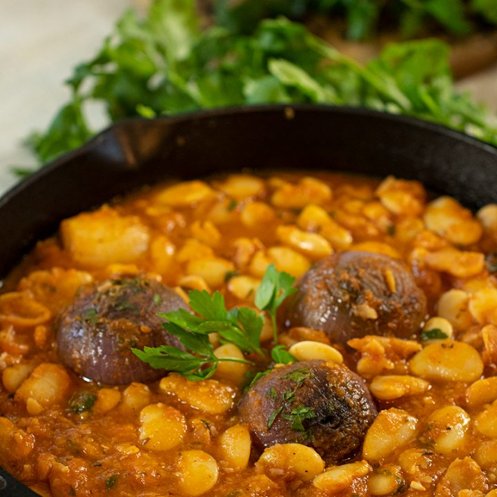 Greek Stifado Bean Stew: Giant Beans with Shallots