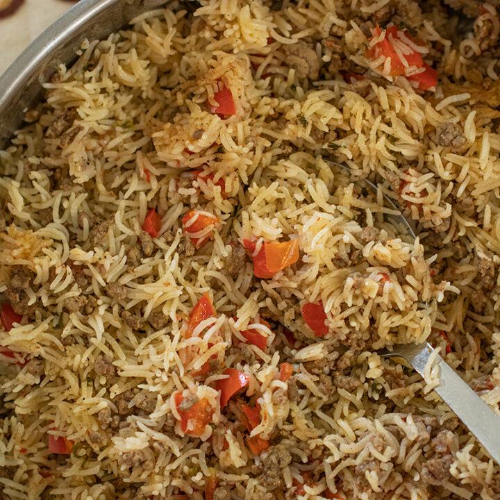 Greek-Style Beef & Rice Skillet: Pilafi me Keema