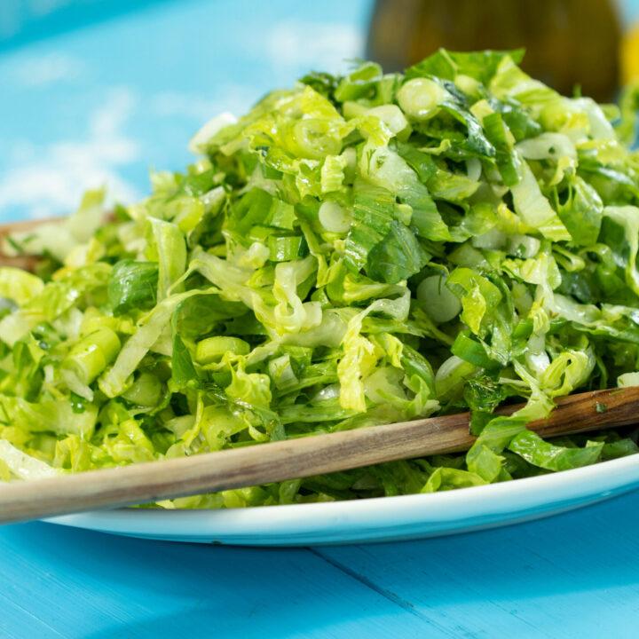 Maroulosalata: Greek Lettuce Salad