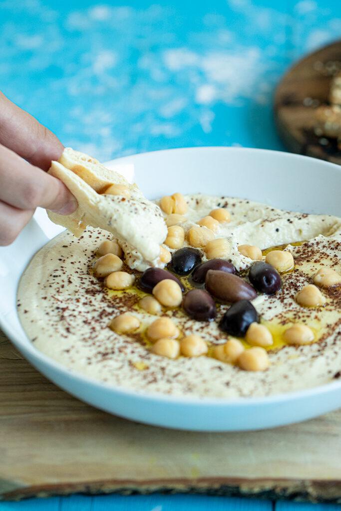 Creamy Greek Style Hummus With Yogurt Dimitras Dishes