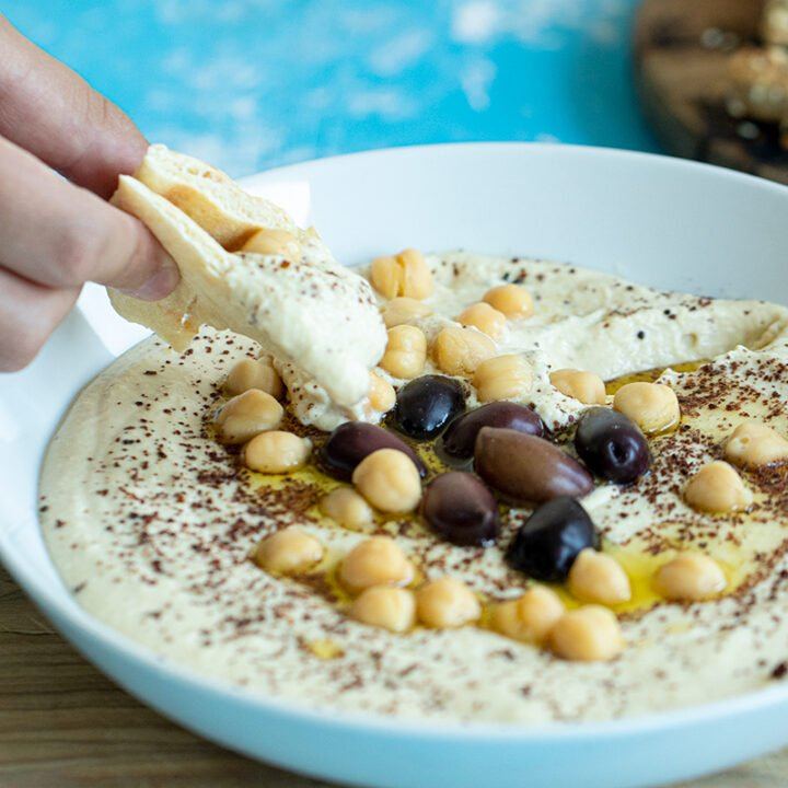 Creamy Hummus with Greek Yogurt