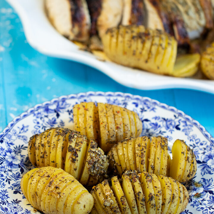 Greek-Style lemony Hasselback Potatoes