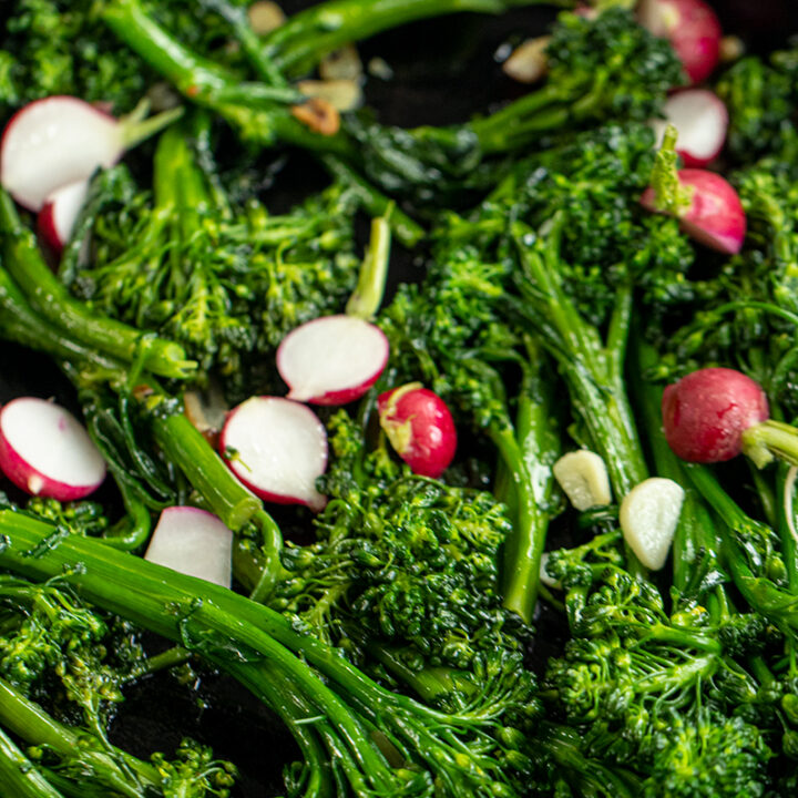 Quick & Easy Garlic Broccolini