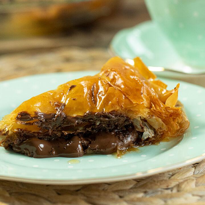 Chocolate Hazelnut Baklava Pie