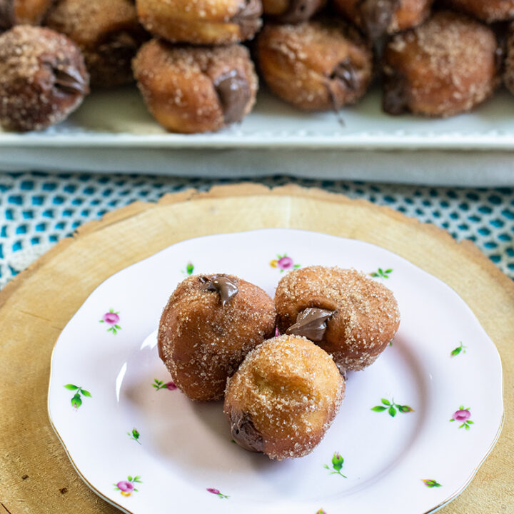 Mini Nutella-Filled Donuts (Greek-Cafe Style)