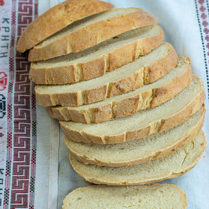 Greek Country Bread: Horiatiko (Village) Psomi